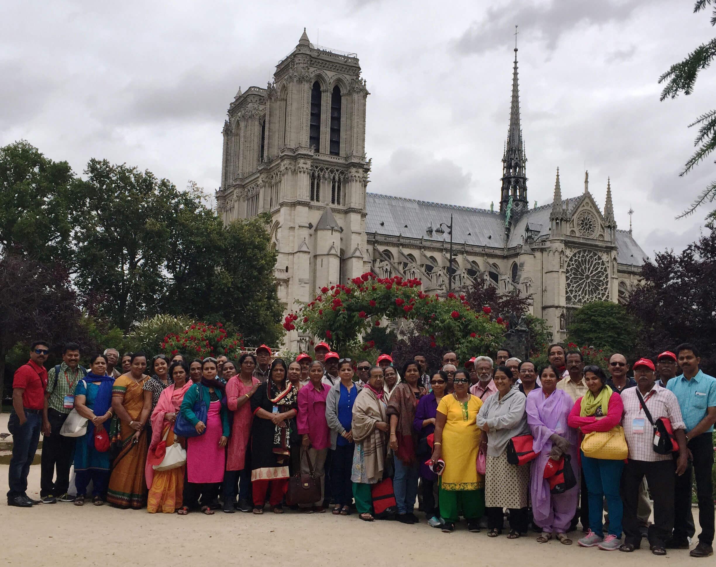 Visiteurs Indiens à Paris